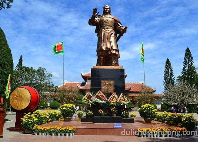 du lịch Bảo tàng Quang Trung