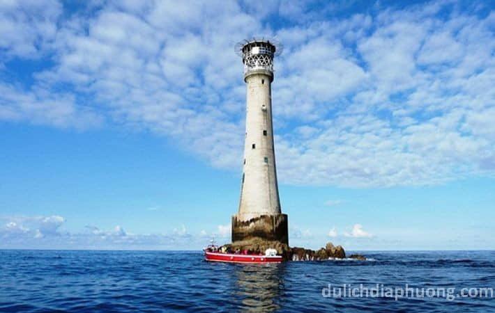 du lịch Hải đăng Hòn Nước